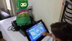 Şəxsi sosial köməkçi robot autizm spektrumunda olan uşaqlara yardım göstərir