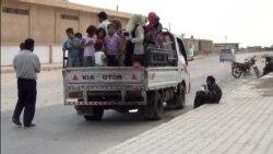 Syrians Flee IS Advance in Hasaka