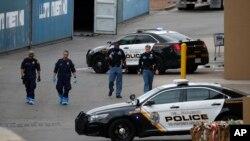 امریکہ میں والمارٹ میں فائرنگ سے کئی افراد ہلاک ہوئے تھے— فائل فوٹو