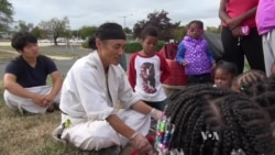 Korean Immigrant Brings Positive Energy to Homeless Kids