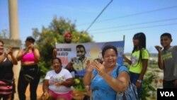 Betti Pernía, madre del atleta venezolano Julio Mayora, luego de la victoria de su hijo en los Juegos Olímpicos, el 28 de julio 2021.
