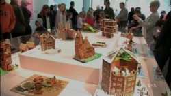Amazing Gingerbread Houses Offer Creative Christmas Treat