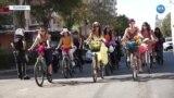 Diyarbakırlı 'Süslü Kadınlar' Pedal Çevirdi