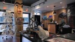 نمایش آثار هنری بومیان کانادا در یک هتل شهر ونکوور