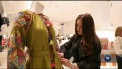 Українські вишивані сукні прикрасили один із найбільших універмагів у США. Відео