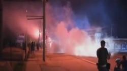 美國警察與抗議者在弗格森鎮再起衝突