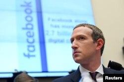 CEO Facebook Mark Zuckerberg bersaksi di sidang House Financial Services Committee di Washington. (Foto: Reuters)