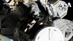 Ba astronautes ya basi babimi na espace mpo na kosala mosala