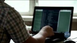 Американська розвідка: попри заклики Вашингтона, російська влада не вжила заходів щодо хакерських груп, які діють з території Росії. Відео