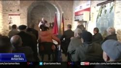 Nderohen viktimat e regjimit komunist në Burgun e Kalasë së Gjirokastrës