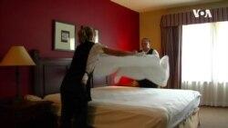 VOA英语视频: 酒店餐馆赌场为安全重开除旧布新