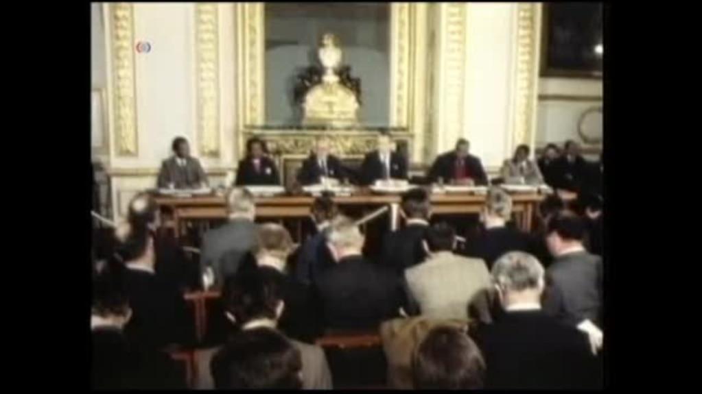 Flash Back Signing Of Zimbabwes Lancaster House Agreement
