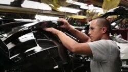 산업로봇 등 기술 발달로 제조업 일자리 감소