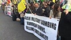 Londra'da Başbakan Davutoğlu Aleyhinde Protesto Gösterisi