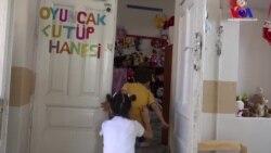Sur'lu Çocuklara Oyuncak Kütüphanesi