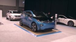 Electric Vehicles Poised for Mainstream, Experts Say
