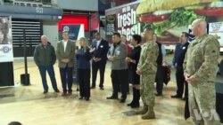 非营利组织为军队家庭提供感恩节大餐