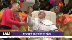 Le pape François impressionne comme tourneur de ballon