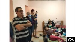 Algunos migrantes han denunciado que los propietarios de las viviendas en Colombia los han desalojado violentamente.