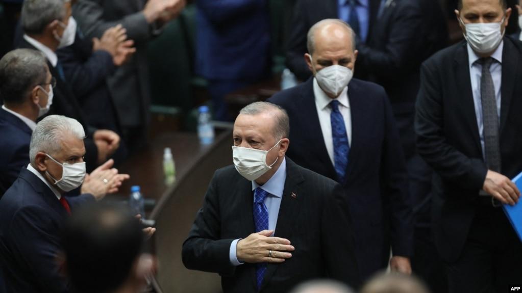 Erdogan nën presion nga akuzat e një bosi të mafias në mërgim