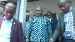 Elections aux Comores : le président Azali vote à Mitsoudjé