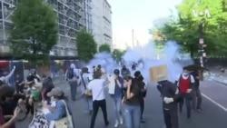 執法人員用催淚彈驅趕白宮附近和平示威者