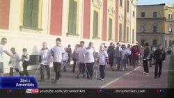 Tiranë: Raport mbi diskriminimin në shoqërinë shqiptare