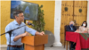 Leopoldo López pide votar por la democracia en Perú
