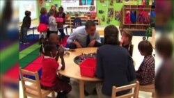 TT Obama dự tính mở rộng chương trình thăm các gia đình nhiều rủi ro