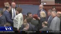 Maqedoni: Reagime pas miratimin të marrëveshjes për ndryshimet kushtetuese