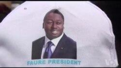 Des milliers de partisans du pouvoir dans les rues de Lomé (vidéo)