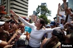 La líder opositora María Corina Machado es otra de las figuras protagónicas entre la oposición política venezolana que recientemente ha tenido desencuentros con Juan Guaidó.