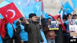 流亡土耳其的新疆維吾爾人2020年2月5日在首都安卡拉集會,抗議中國在新疆的鎮壓行為。