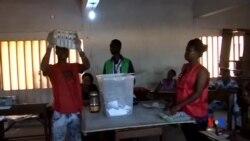 2015-04-26 美國之音視頻新聞:多哥選民等候總統選舉結果