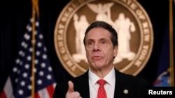 紐約州州長科莫3月2日宣布紐約州發現第一宗新冠病毒確診病例。