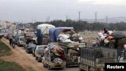 Мирные жители покидают Идлиб, опасаясь дальнейших бомбардировок, Хазано, 11 февраля 2020 года