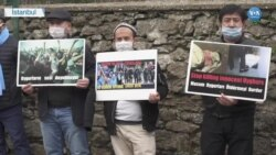 Uygurlar Çin'i Protesto Etti