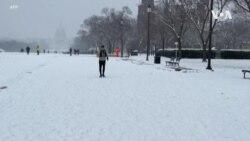 美國東北遭遇強降雪天氣