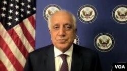 美国阿富汗和解事务特别代表扎尔迈·哈利勒扎德于 2021年8月2日通过 Zoom 接受美国之音的采访。