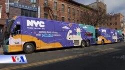 New York: Trạm xá di động đưa vaccine tới từng ngõ phố