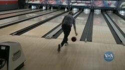 100-річний американець вражає гострим розумом та фізичною вправністю. Відео