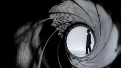 Rusija: Ljubavna afera sa Jamesom Bondom