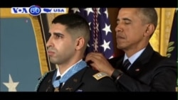 TT Obama trao Huân chương Danh dự cho một đại uý lục quân (VOA60)