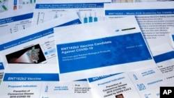 Dokumen yang disiapkan oleh Pfizer untuk pertemuan dengan Badan Pengawas Makanan dan Obat-obatan AS(FDA) untuk persetujuan vaksin Covid-19, Kamis, 10 Desember 2020.
