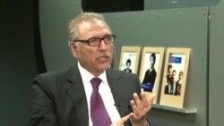 تحریکِ انصاف کے رہنما عارف علوی سے بات چیت