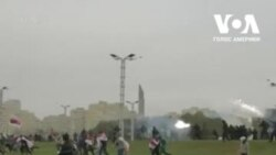 """Як затримували людей на """"Марші честі"""" у Мінську. Відео"""