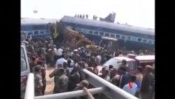 印度火車脫軌 近百人喪生
