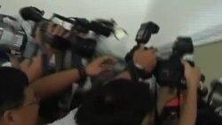 香港記者向胡錦濤追問六四被拘留