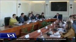 Kosovë, parlamenti jo funksional me detyra të shumta