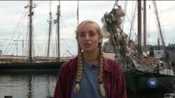 Старшокласниці з Південної Кароліни вирушили в морську подорож, щоб набути впевненості в собі. Відео